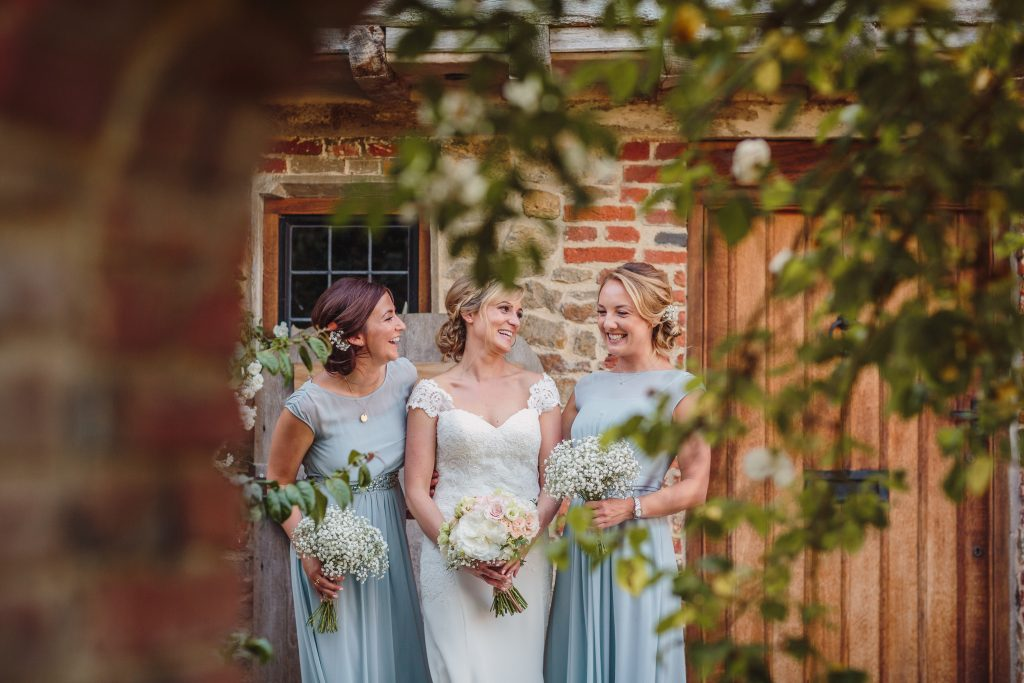 grittenham-barn-summer-wedding-336